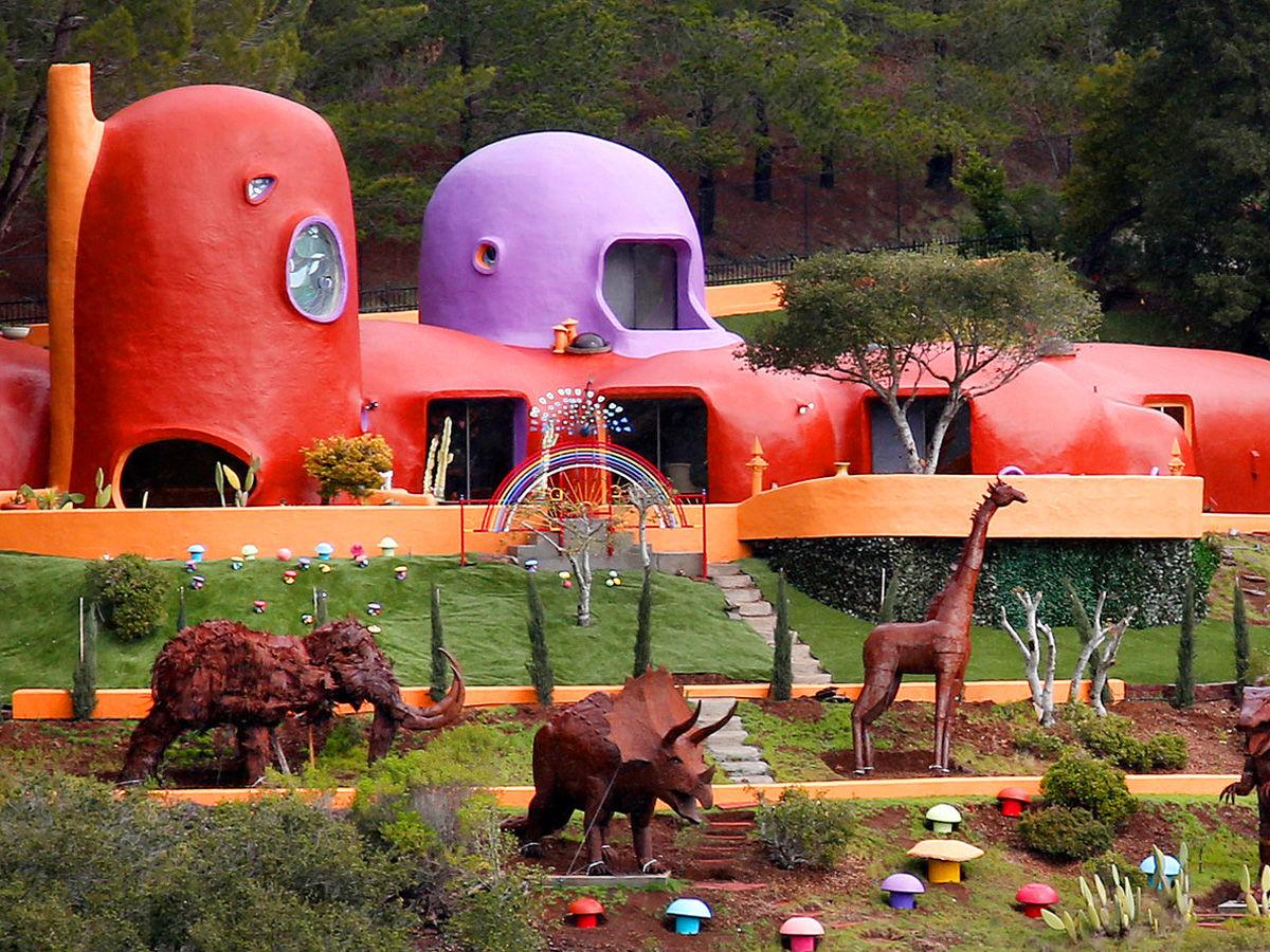 Flintstones House, California
