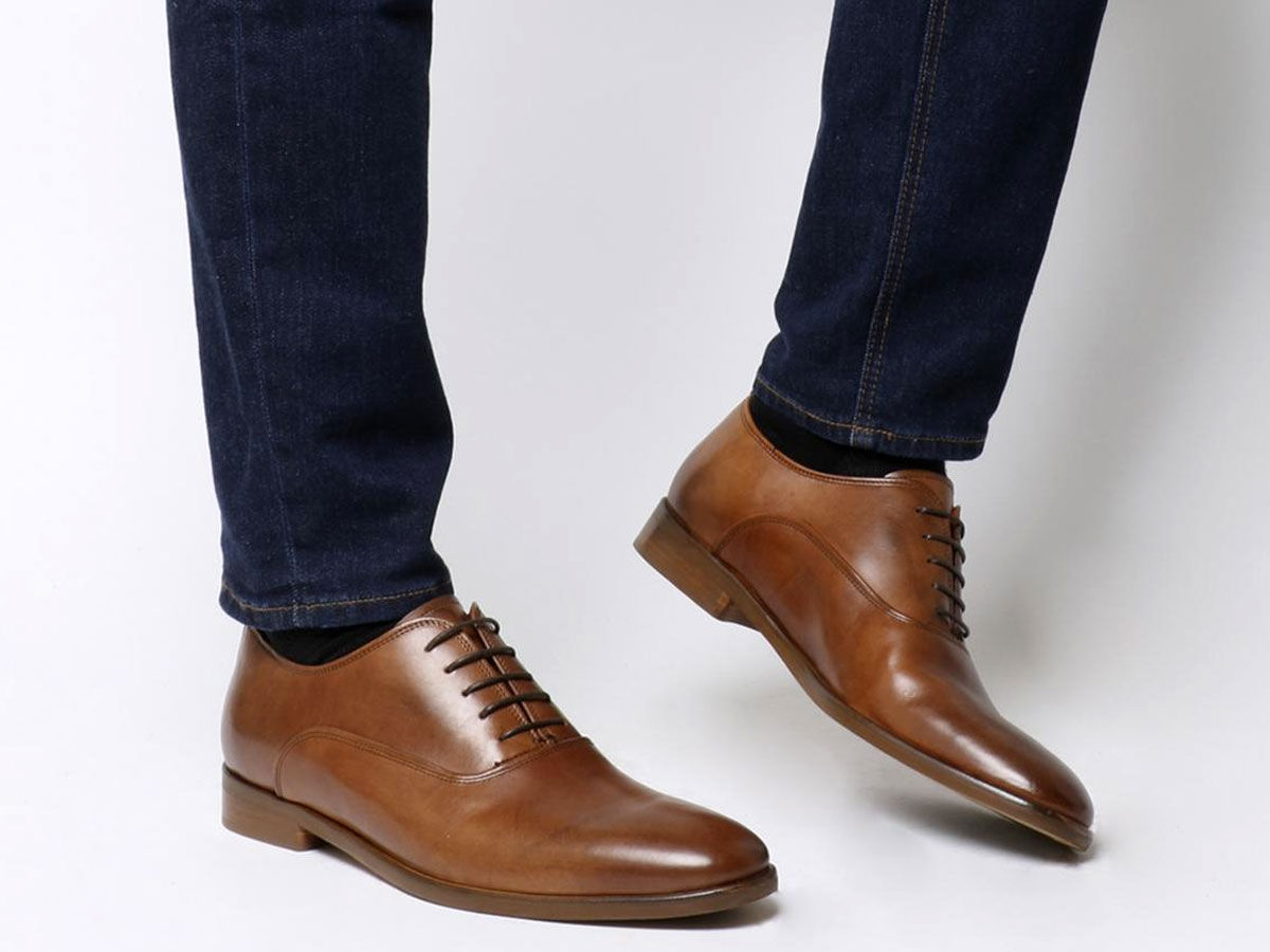 semi formal show, oxford shoes, oxford not brogues