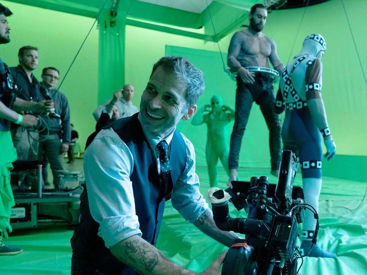 Zack Snyder behind the scene