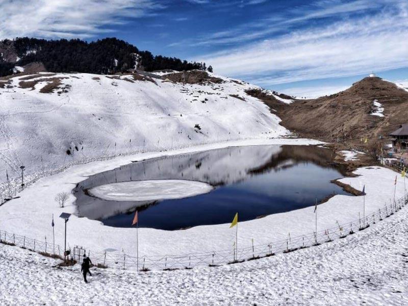 parashar lake winter