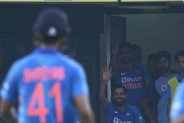 Celebrating Shreyas before Fifty, Kohli gave such a reaction