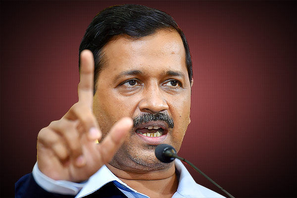 EC issues notice to Arvind Kejriwal for Hindu Muslim jibe at opposition