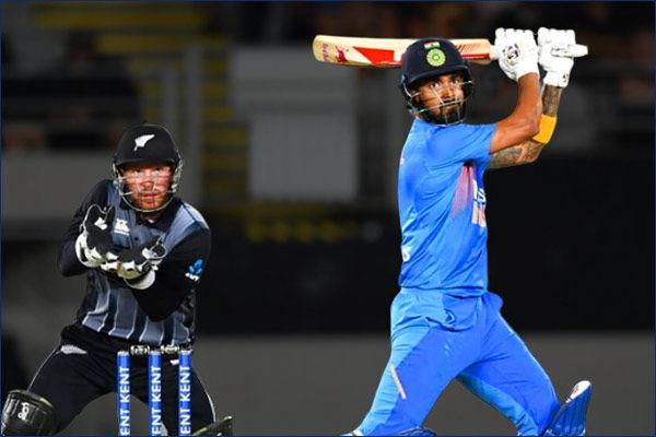 KL Rahul scores his fourth ODI century