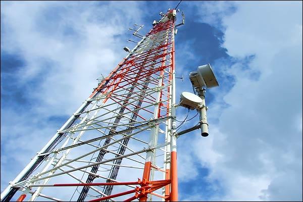Spectrum fees Voda-Idea paid Rs 3,043 crore  Airtel paid Rs 1,950 crore and Jio paid Rs 1,053 crore