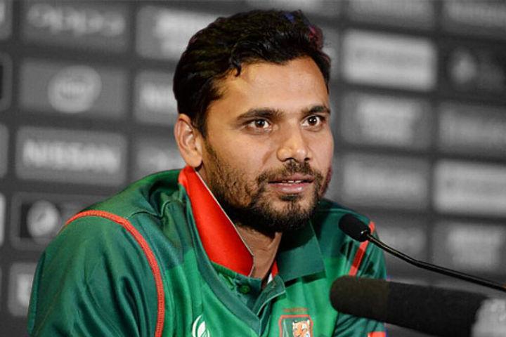Mashrafe Mortaza decided to relinquish the captaincy of Bangladesh cricket team