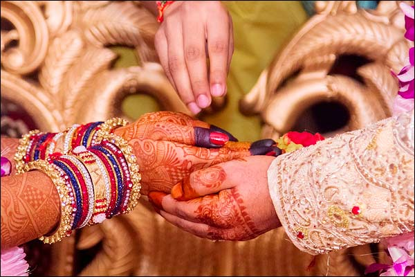 Kerala To Open Safe Homes For Inter-Caste And Inter-Religion Couples To Protect Them