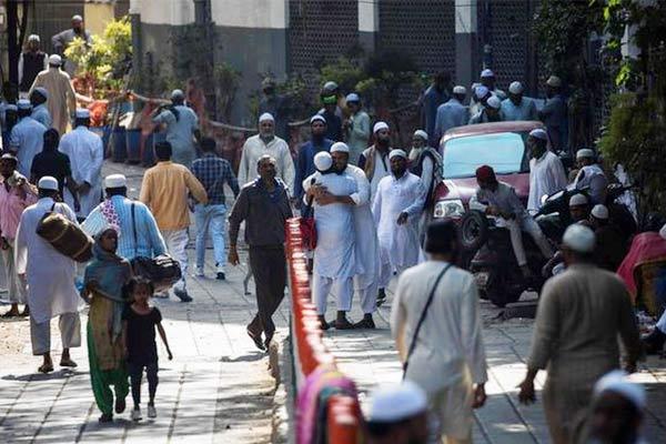 Tablighi Jamaat quarantined members roaming naked inside the hospital says Ghaziabad official