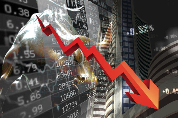Stock market opens with decline and Sensex 365 and Nifty opened below 103 points