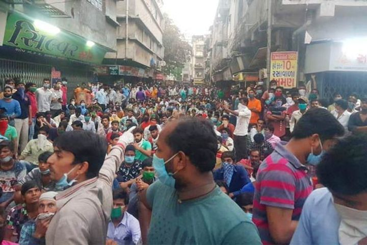 Migrant workers protest in Surat again to go home
