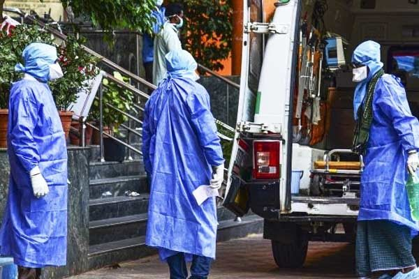 Coronavirus may be at peak in India in May states with early lockdowns fare better