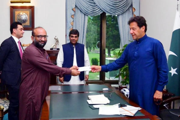 Pakistan PM Imran Khan tested for coronavirus after contact with infected person, results awaited