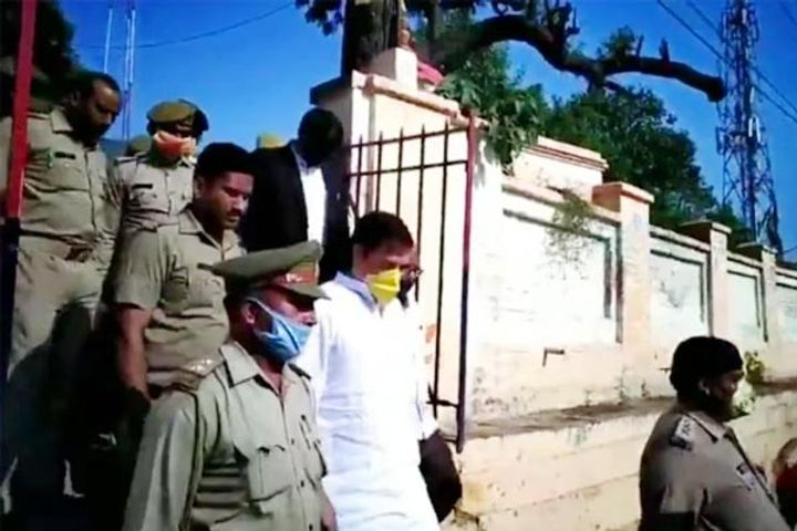 Former BSP MP Dhananjay Singh arrested for threatening project manager
