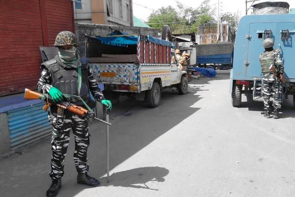 Security forces succeed in Shopian demolished terrorist hideout