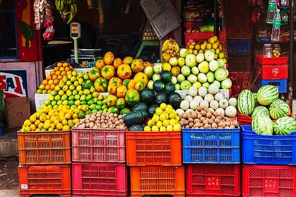 Fruit seller shot by security guard in Noida after argument over Mango price