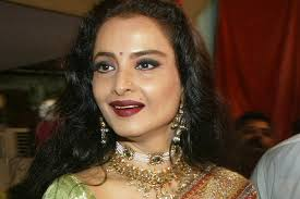 Rekha  bungalow in Mumbai sealed by BMC after security guard found coronavirus COVID-19 positive