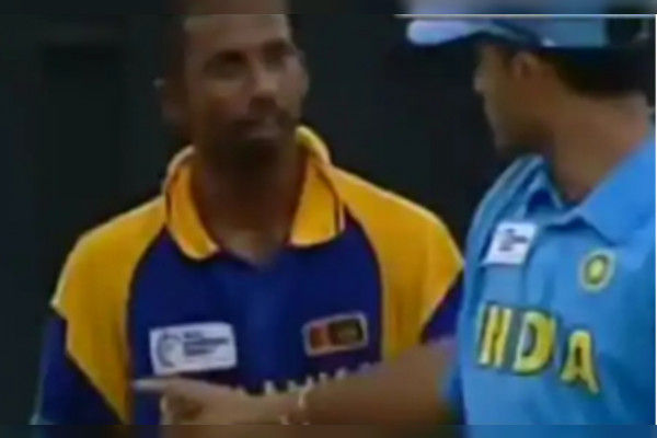 Sourav Ganguly came to Sri Lankan dressing room after his on-field spat with Russel Arnold Kumar San