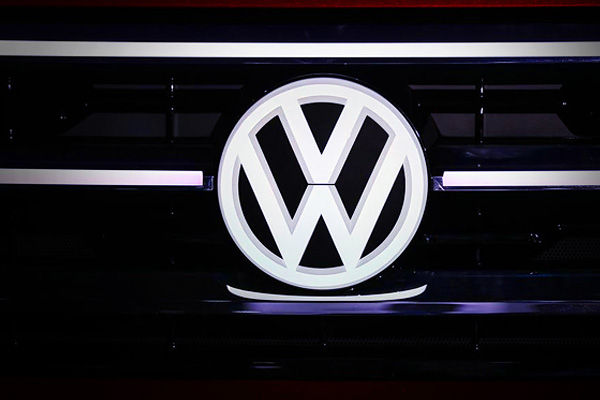 First FIR filed against Audi Volkswagen in India for emission cheat device