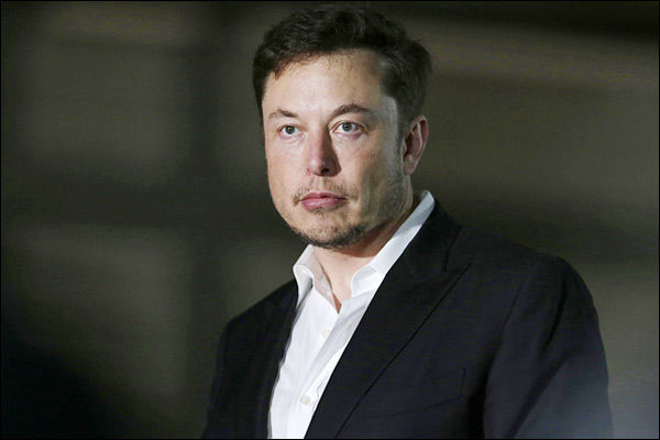 Elon Musk becomes fourth richest person in the world $ 15 million away from Mark Zuckerberg
