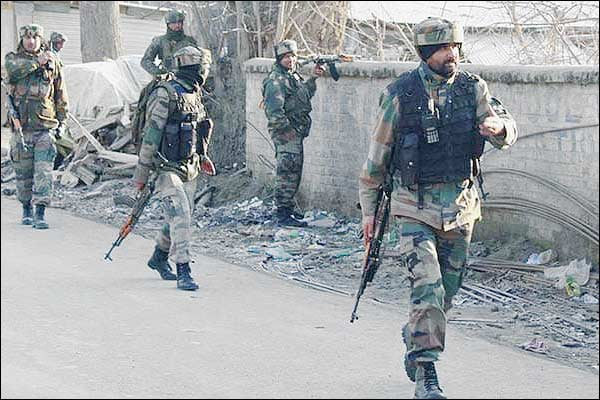Encounter between security forces and terrorists continues in Salosa Baramulla 1 terrorist killed