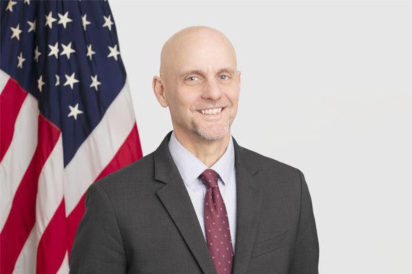 Dr Stephen Hahn