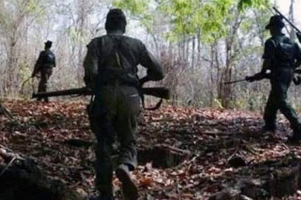 Maoist carrying Rs 1 lakh bounty surrenders