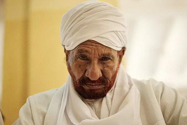 Former Sudan PM dies