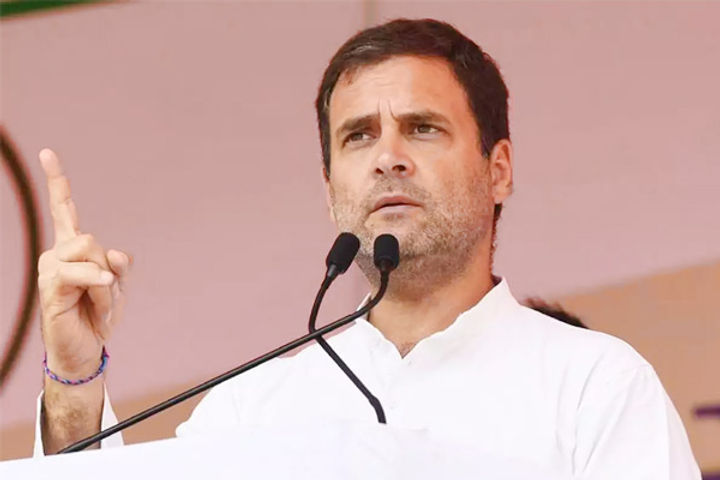 Rahul Gandhi accused the Modi government of grabbing the money of farmers