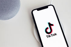 Indian Startups Chingari Bolo Indya Will Hire Ex Employees Fired From TikTok