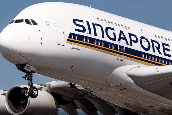 Singapore Airlines crew vaccinated