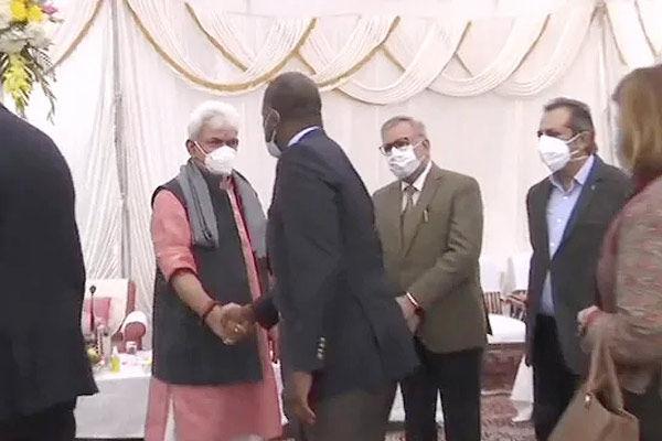 Foreign Envoys in J&ampampampK