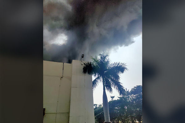 Fire Breaks Out At A Manufacturing Factory In Pune