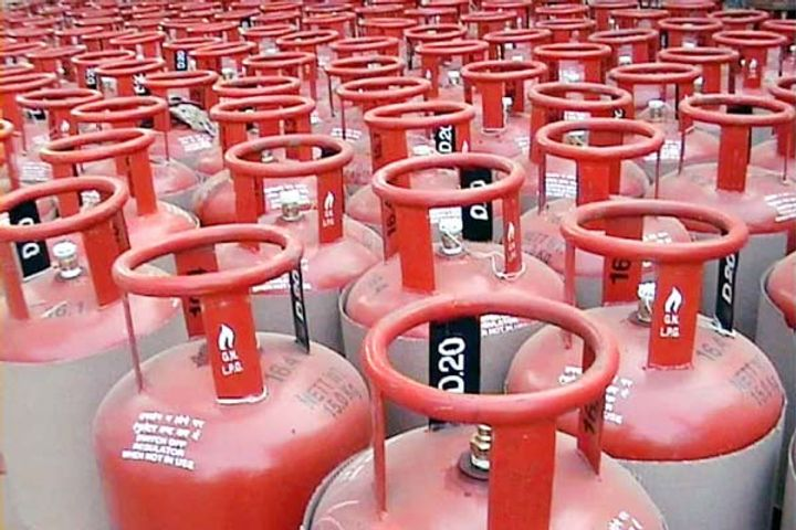 25 Rupees Hike In Price of Lpg Gas Cylinder