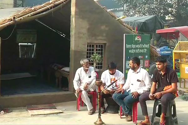 Farmers are now building permanent houses on different borders of Delhi