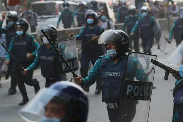 Attack on Hindu houses in Bangladesh
