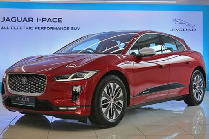 Jaguar launched the first electric car i Pace in India