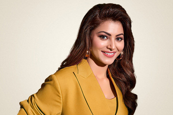 Urvashi Rautela Becomes Tamil Industrys Most Expensive Actress Signed A Film For Rs 10 Crore