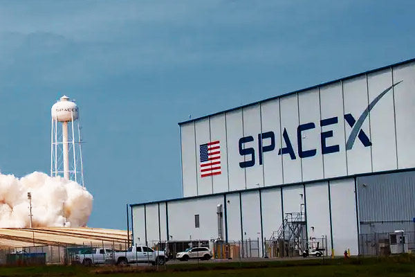 SpaceX manned mission