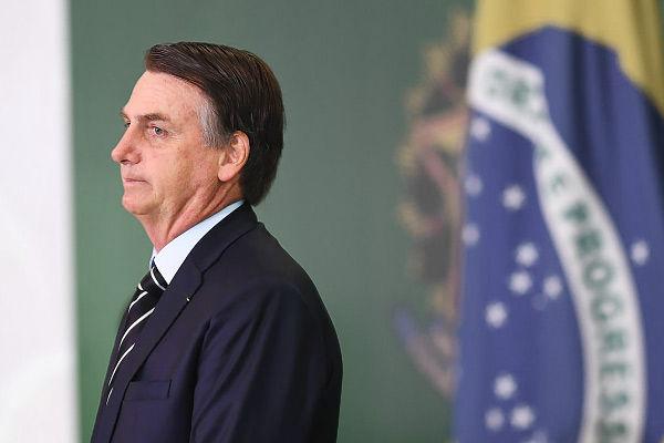 Bolsonaro hits at China over Covid