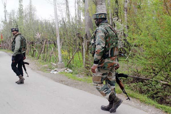 Encounter in Anantnag three Lashkar e Taiba terrorists killed