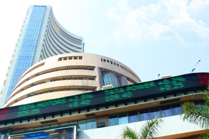 Flat opening of stock market, Sensex and Nifty open moderately fast