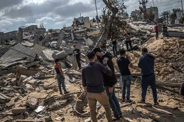 103 killed in Israel and Hamas war, Israel deploying army and tanks