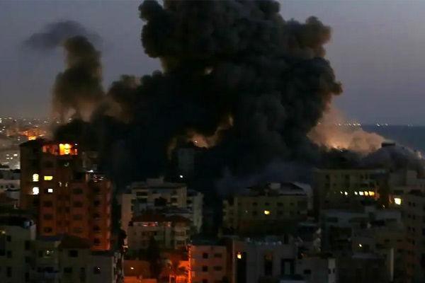 Israeli airstrikes continue in Gaza despite ceasefire appeals