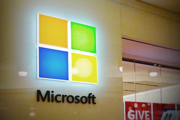 Microsoft emplyees slept at data centres