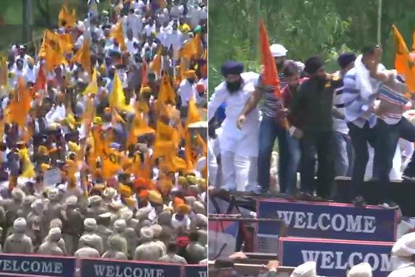 Akalis protest outside Captain's residence in Siswan, Sukhbir Singh Badal in custody