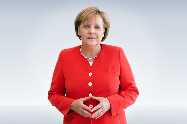 Angela Merkel gets Moderna as second jab