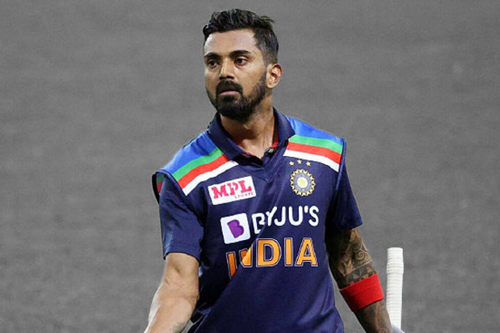 KL Rahul said that any player could have eaten gunshot for Dhoni