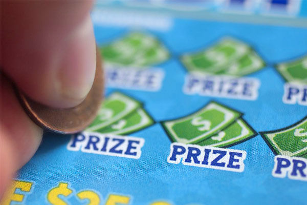 Kerala man wins Rs 40 crore lottery