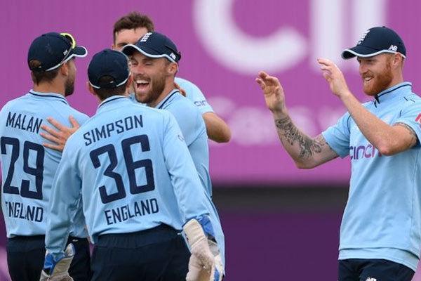 England B team beat Pakistan by 9 wickets in 1st ODI
