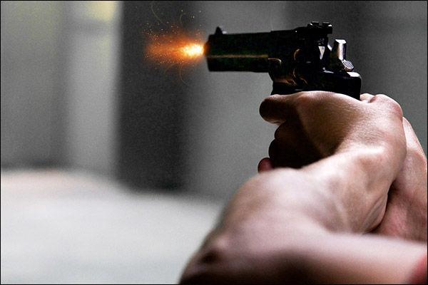 hindu yuva vahini leader shot in varanasi