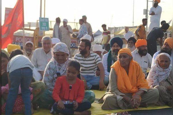 Farmers Parliament At Jantar Mantar Women Conduct Operations